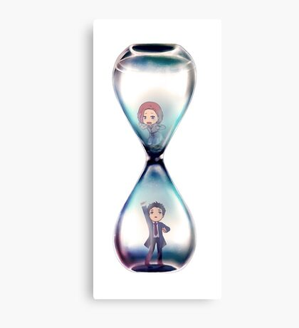 Mulder and Scully Hourglass Canvas Print