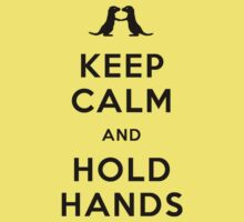 Keep Calm and Hold Hands (Otters holding hands) Black design Kids Clothes