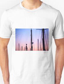 Christopher Columbus statue amid yacht masts Barcelona Catalonia Spain Unisex T-Shirt