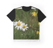 Daisies in the Grass Graphic T-Shirt