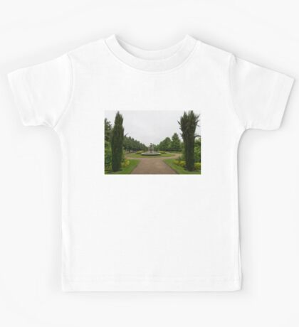 Peaceful Gray Symmetry - a Rainy Day in Regents Park, London Kids Tee