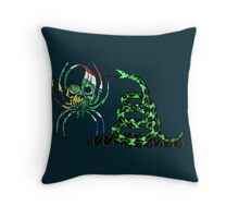 SOUTH AFRICA SPIDER SKULL FLAG DONT TREAD ON ME Throw Pillow