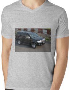 black colored toyota fortuner Mens V-Neck T-Shirt