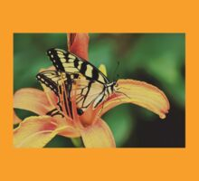 Tiger Swallowtail Butterfly On Daylily T-Shirt