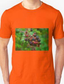 Wild blackberries with green background Unisex T-Shirt
