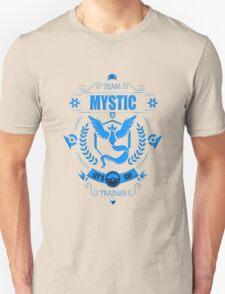 Team mystic trainer Unisex T-Shirt