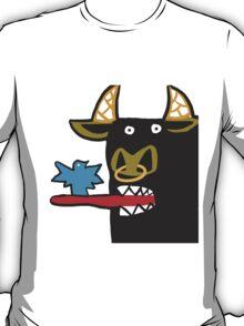 Funny Bull with bird T-Shirt