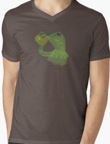 Kermit sipping Tea meme Mens V-Neck T-Shirt
