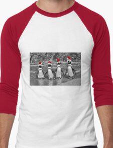 Penguins with Santa Claus caps Men's Baseball ¾ T-Shirt