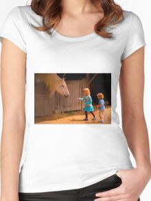 Making Friends Women's Fitted Scoop T-Shirt