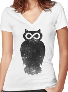 owlfinity Women's Fitted V-Neck T-Shirt