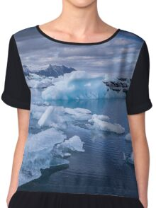 Beautiful view of icebergs in Jokulsarlon glacier lagoon, Iceland Chiffon Top