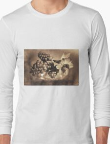 Muscari & Daffodils Long Sleeve T-Shirt