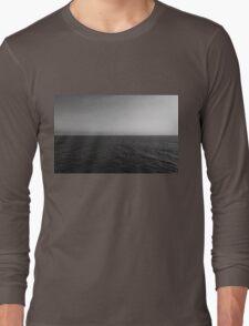 Clear Day Ocean Sky black & white  Long Sleeve T-Shirt