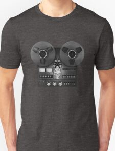 Reel-to-reel audio recorder Unisex T-Shirt