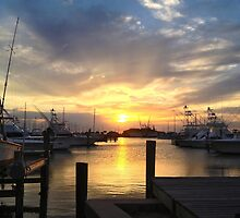 Sunset at the docks by LyKi