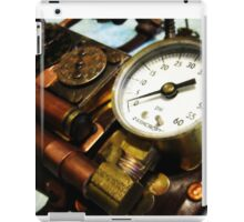 Steampunk Gauntlet 1.0 iPad Case/Skin
