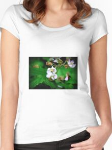 Fly on flower Women's Fitted Scoop T-Shirt