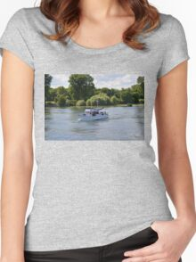 Grand Banks Style Motor Boat Women's Fitted Scoop T-Shirt