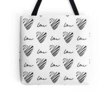 Grunge heart seamless pattern. Simple seamless monochrome wallpaper. Hand drawn background. Tote Bag