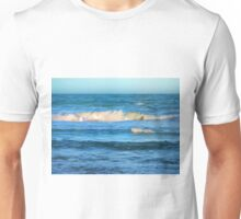 Beautiful painted waves on the Queensland coast Unisex T-Shirt
