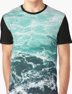 Blue Ocean Summer Beach Waves Graphic T-Shirt