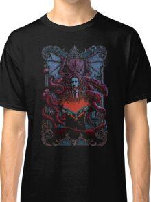 calling Cthulhu Classic T-Shirt
