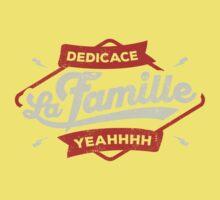 DEDICACE LA FAMILLE Kids Tee