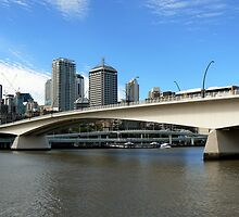Victoria Bridge, Brisbane by Graeme  Hyde