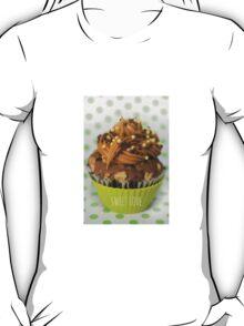 Sweet green love cupcake T-Shirt