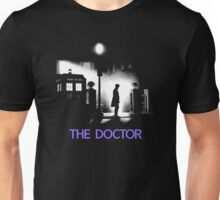 The 11th Doctor meets a new enemy. Unisex T-Shirt