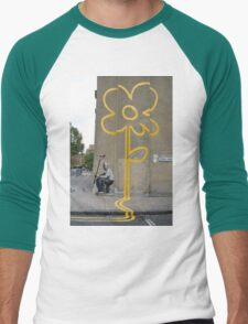 Banksy Yellow Lines Flower Painter Men's Baseball ¾ T-Shirt