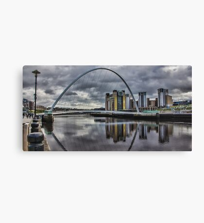 Gateshead Millennium Bridge Canvas Print