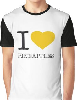 I ♥ PINEAPPLES Graphic T-Shirt