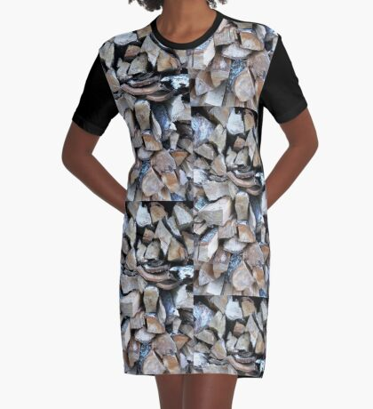 Logs . Graphic T-Shirt Dress