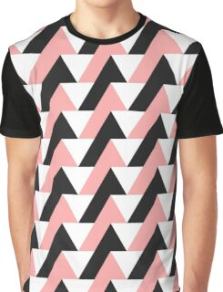 triangles - pink Graphic T-Shirt