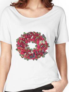 berries and butterflies Women's Relaxed Fit T-Shirt