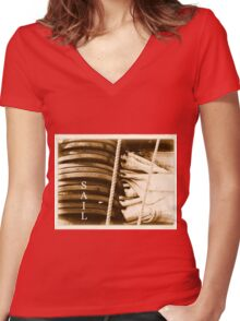 Sail Women's Fitted V-Neck T-Shirt
