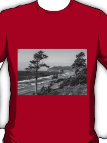 Cannon Beach View- Black and White T-Shirt