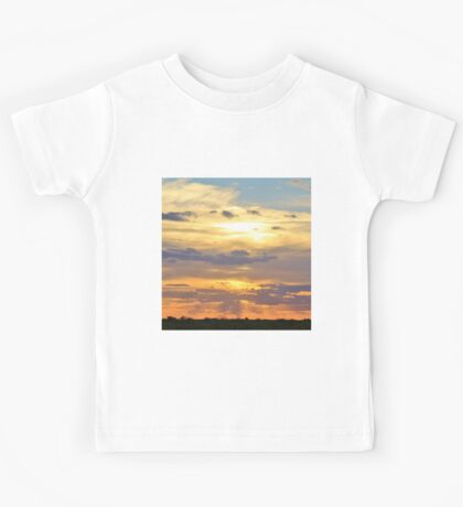 Sunset Background - Tranquil Harmony of Beauty  Kids Tee