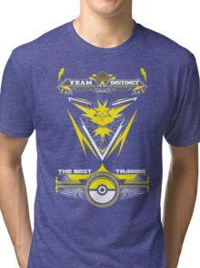 TEAM INSTINCT - POKEMON Tri-blend T-Shirt