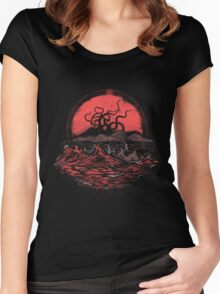 Tentacle Wars Women's Fitted Scoop T-Shirt