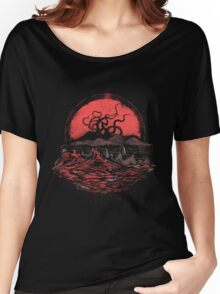 Tentacle Wars Women's Relaxed Fit T-Shirt