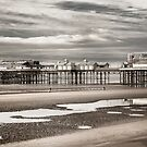 Blackpool pier by jasminewang