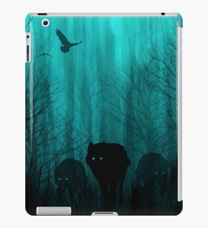 Wolf Pass: Full Moon Zenith iPad Case/Skin
