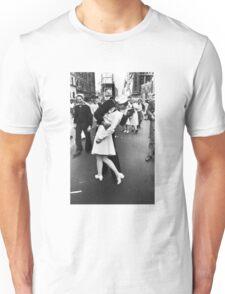 VJ Day Times Square Kiss Unisex T-Shirt