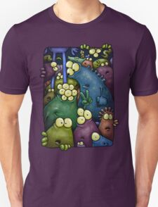 A crowd of chest dwelling aliens ... Unisex T-Shirt