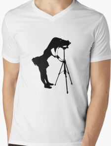 Photographer Grrl Mens V-Neck T-Shirt