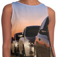 lined up Contrast Tank