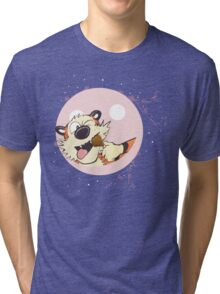 hobbes eat on baloon Tri-blend T-Shirt